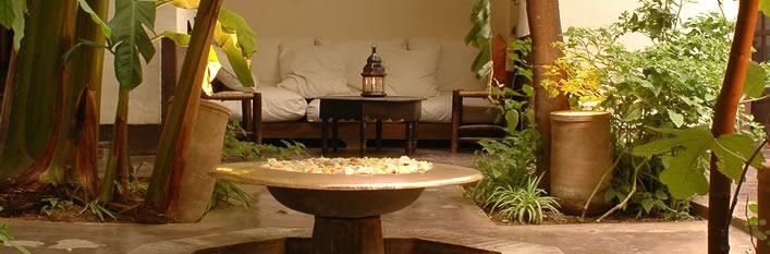 riad marrakech reservation de riad a marrakech medina pas cher. Black Bedroom Furniture Sets. Home Design Ideas