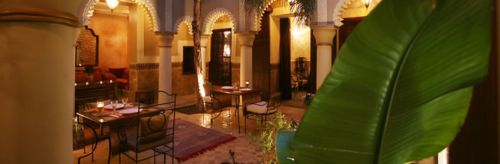 riad marrakech reservation de riad a marrakech medina pas cher. Black Bedroom Furniture Sets. Home Design Ideas